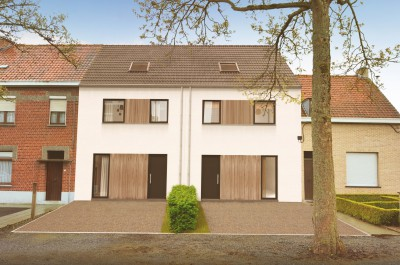 2 nieuwbouwwoningen vervangen afbraakpand in Zwevegem