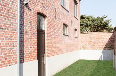 Ruime woning met tuin en garage in Hooglede